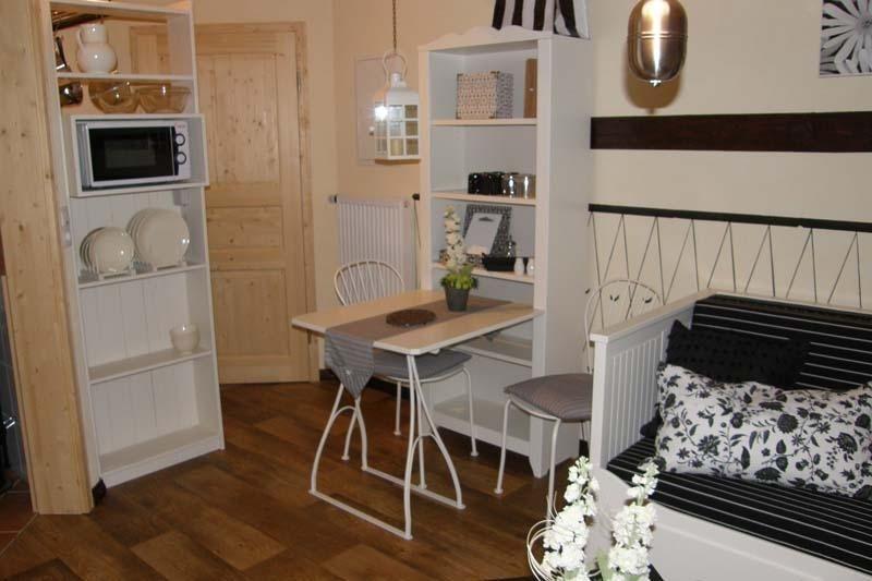 Schwarz-Weißes Apartment