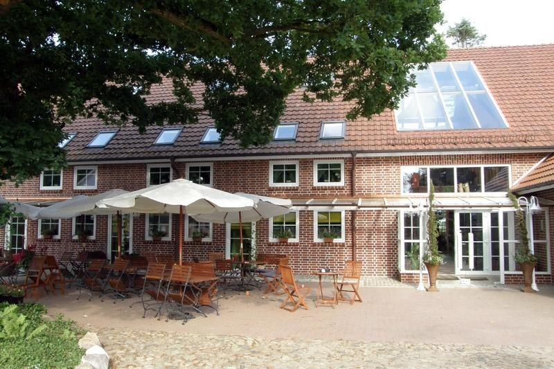 Eingang & Biergarten