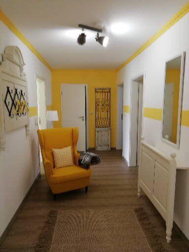 Gelbe Wohnung Flur